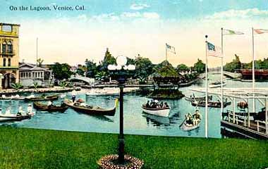 Visitors Ed Canoes Or Hired Gondoliers At The Lagoon Boathouse Logoon Today Is Paved Venice Circle