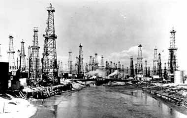 Venice Becomes An Oil Boom Town View Of The Grand C In 1930